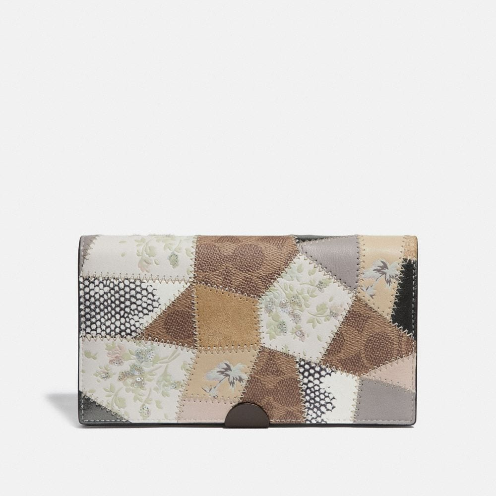Coach Dreamer Wallet With Signature Patchwork