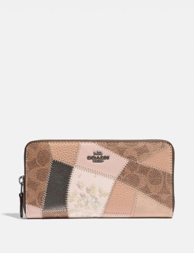 Coach Accordion Zip Wallet With Signature Patchwork Tan Beechwood Multi/Gunmetal Women Collection Signature Styles