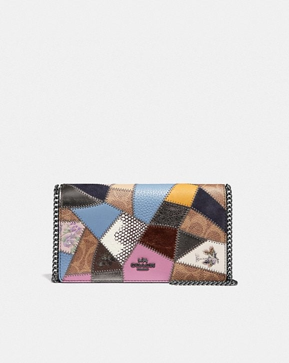 Coach CALLIE FOLDOVER CHAIN CLUTCH WITH SIGNATURE PATCHWORK