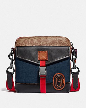 76cfd74e04 CROSSBODY IN SIGNATURE CANVAS WITH COACH PATCH
