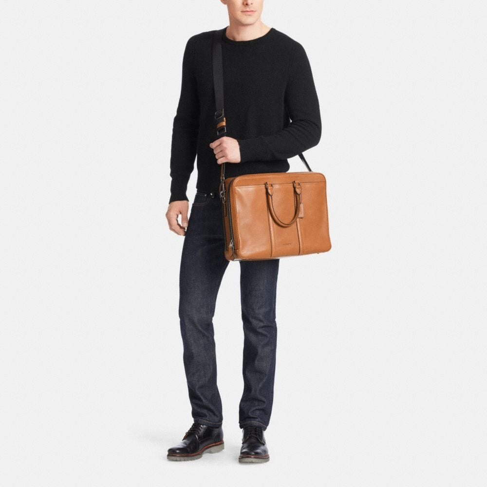 Metropolitan Commuter in Sport Calf Leather - Alternate View M