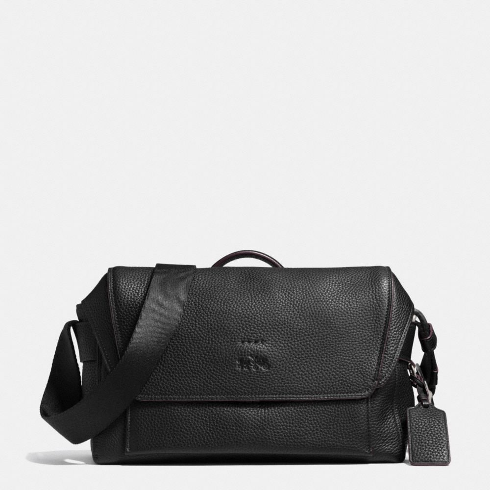 Manhattan Messenger in Pebble Leather