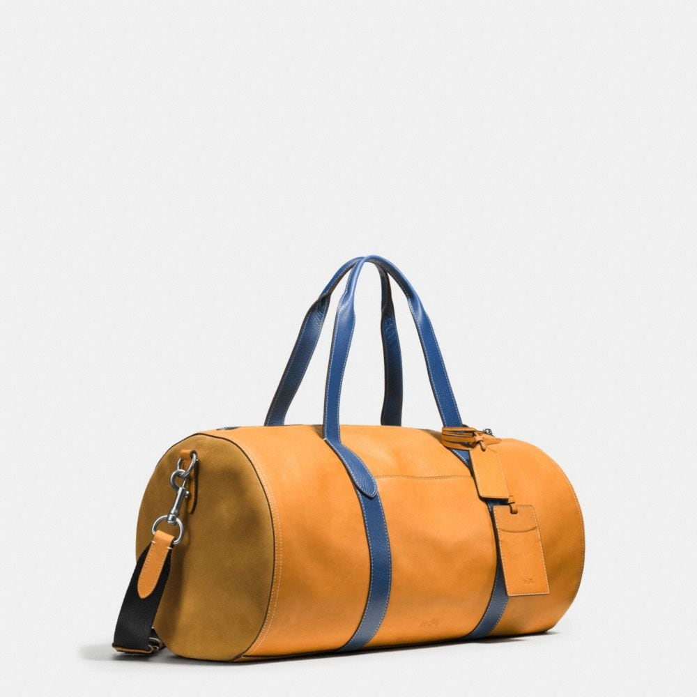 Large Gym Bag in Sport Calf Leather - Alternate View A2