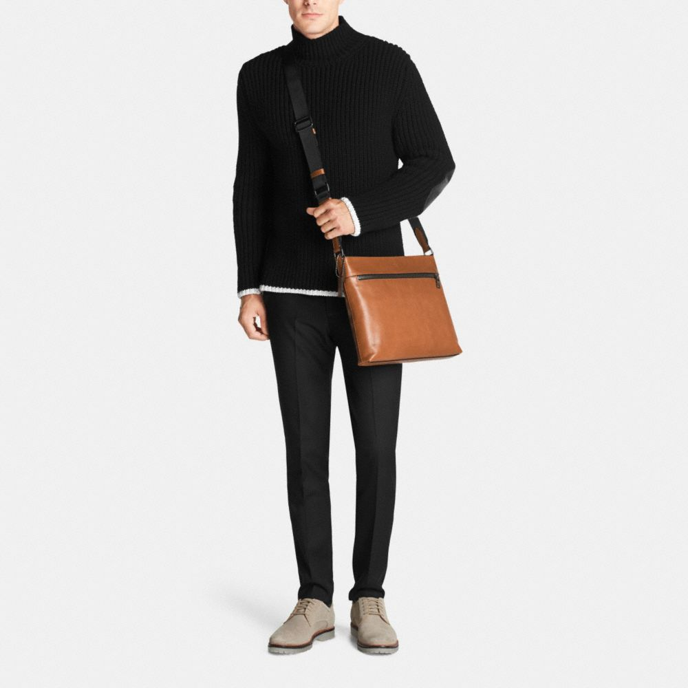 Sam Crossbody in Sport Calf Leather - Autres affichages M