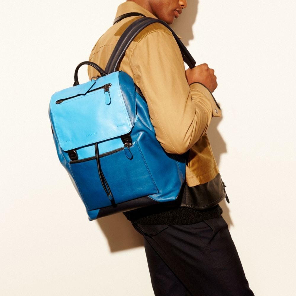 Manhattan Backpack in Sport Calf Leather - Autres affichages A4