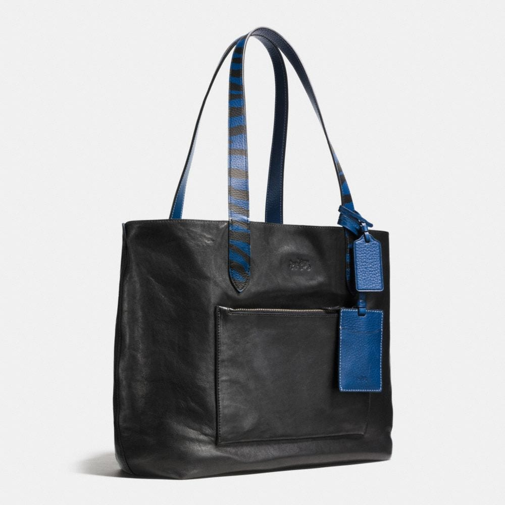 Small Reversible Tote in Pebble Leather - Alternate View A2