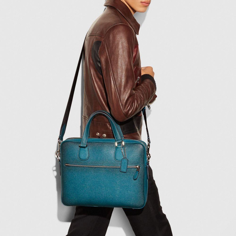 Hudson 5 Bag in Burnished Crossgrain Leather - Autres affichages A4
