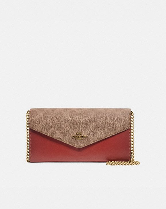 Coach ENVELOPE CHAIN WALLET IN COLORBLOCK SIGNATURE CANVAS