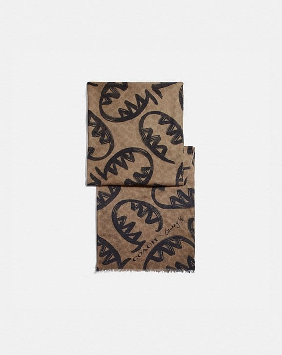 Coach SIGNATURE SCARF WITH REXY BY GUANG YU