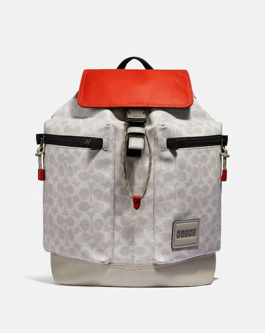PACER UTILITY BACKPACK IN SIGNATURE CANVAS WITH COACH PATCH