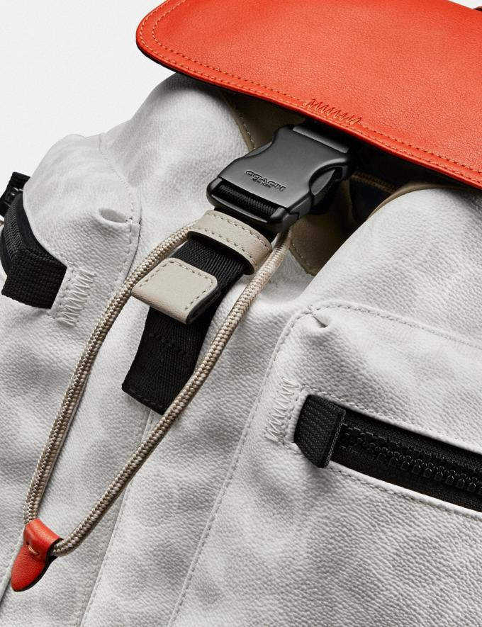 Coach Pacer Utility Backpack in Signature Canvas With Coach Patch Ji/Chalk/Mango New Men's New Arrivals View All Alternate View 4