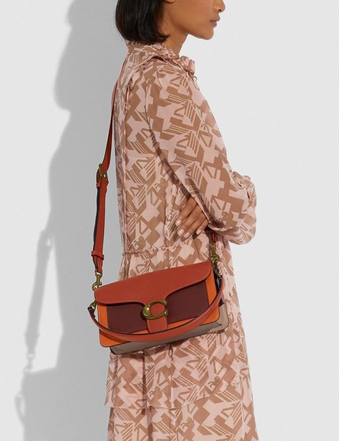 Coach Tabby Schultertasche 26 in Blockfarben Messing/Rost Multi Damen Taschen Schultertaschen Alternative Ansicht 4