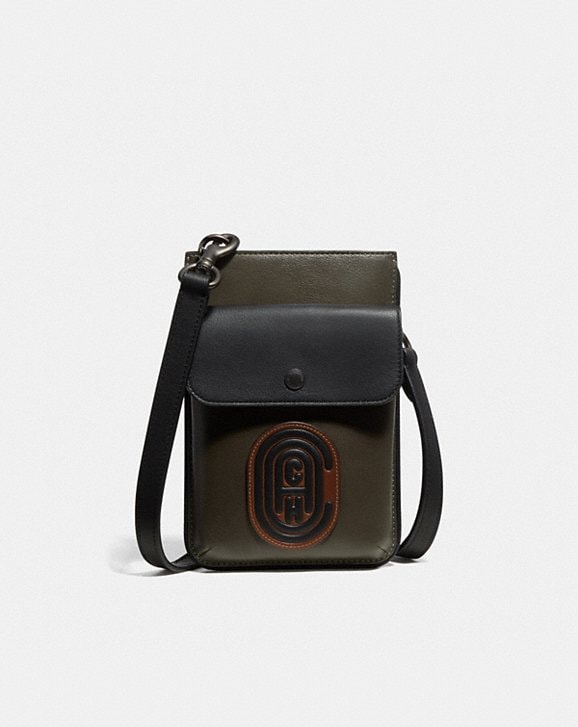 Coach HYBRID POUCH IN COLORBLOCK WITH COACH PATCH