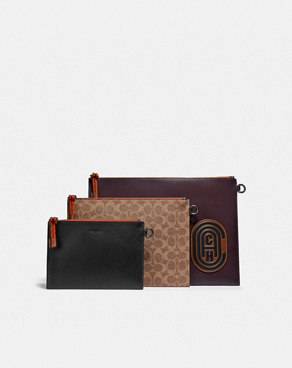 Coach TRIPLE POUCH IN SIGNATURE CANVAS WITH COACH PATCH