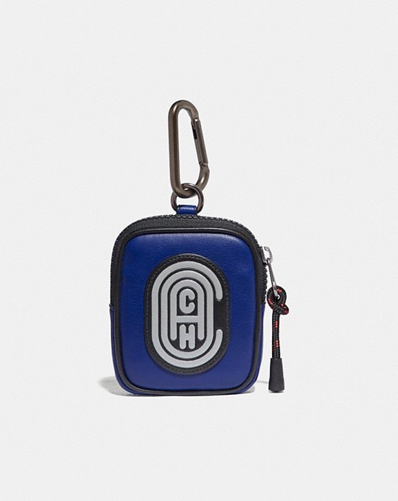 Coach HYBRID POUCH 8 IN COLORBLOCK WITH COACH PATCH