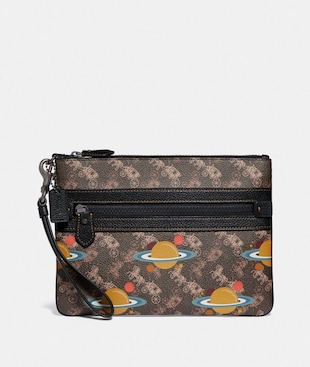 LARGE FRONT ZIP WRISTLET WITH HORSE AND CARRIAGE PRINT AND PLANET