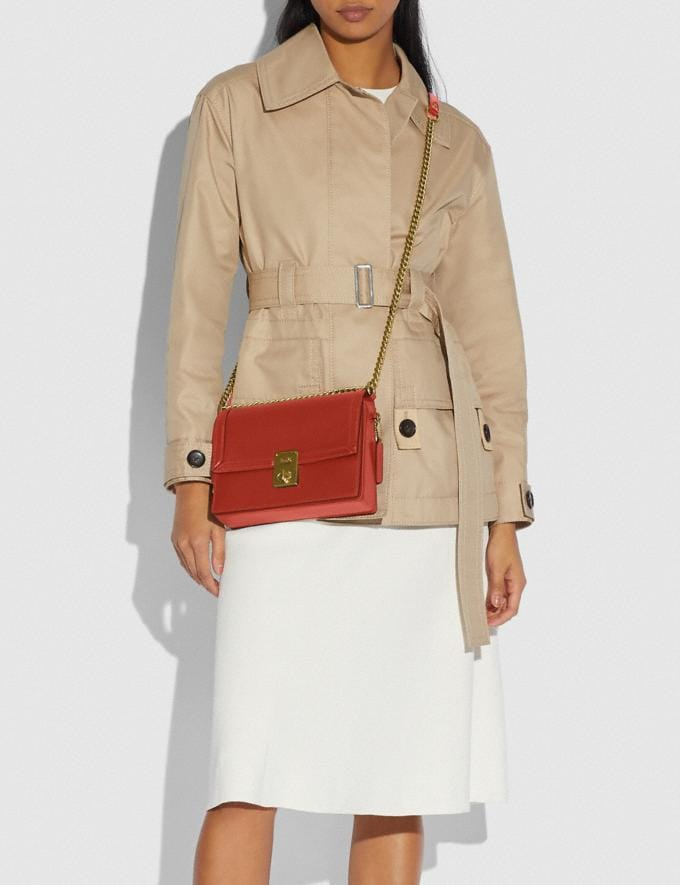 Coach Hutton Shoulder Bag B4/Red Sand Gift For Her Copy of Under €250 Alternate View 4
