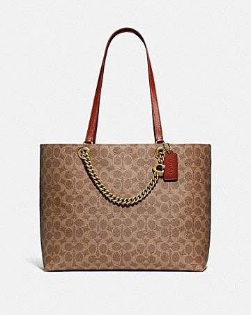 signature chain convertible tote in signature canvas