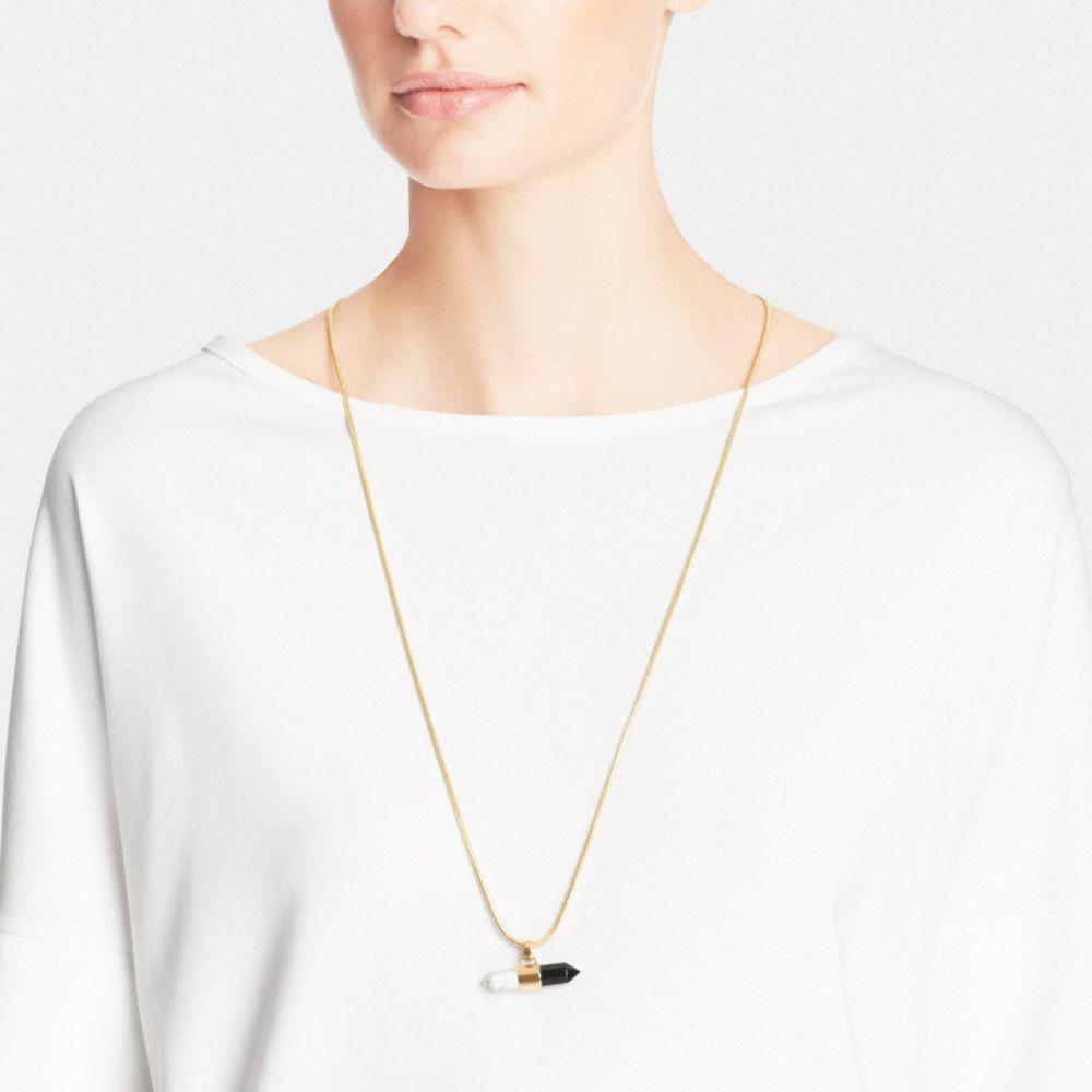 Long Two Tone Amulet Necklace  - Autres affichages A1