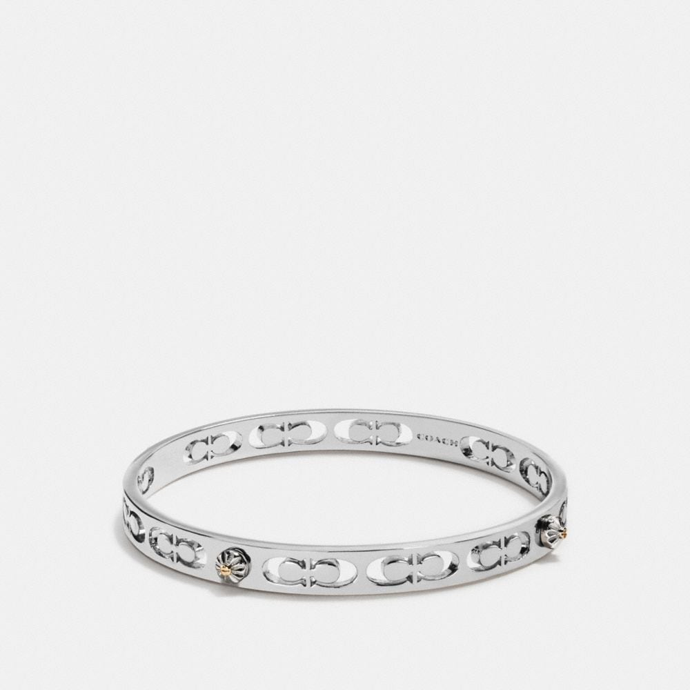 DAISY RIVET PIERCED KISSING C BANGLE