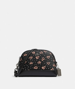 DOME CROSSBODY WITH CRAYON HEARTS PRINT