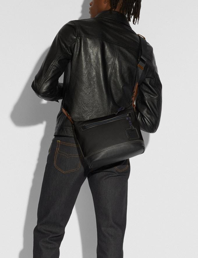 Coach Pacer Messenger 25 With Coach Patch Black Copper/Black New Men's New Arrivals Bags Alternate View 3