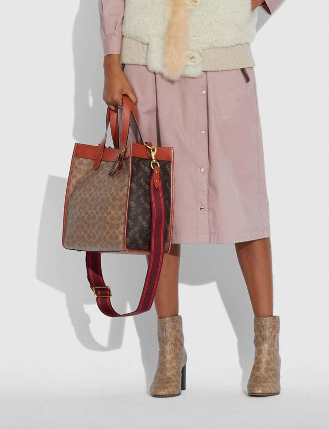 Coach Field Tote in Signature Canvas With Horse and Carriage Print B4/Tan Brown Rust New Women's New Arrivals Bags Alternate View 4