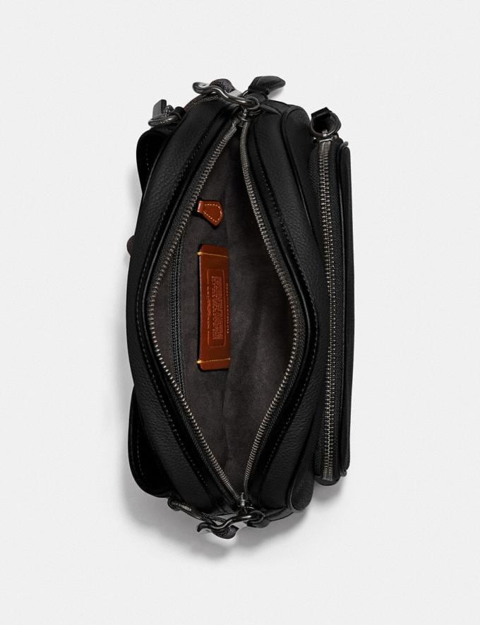 Coach Hitch Belt Bag Ji/Black Men Bags Belt Bags Alternate View 2