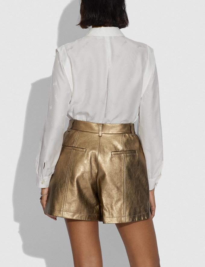 Coach Shorts Aus Metallic-Leder Pyrit Damen Kleidung Hosen & Röcke Alternative Ansicht 2