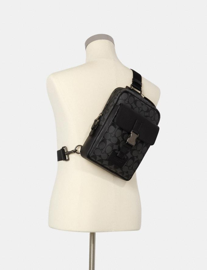 Coach Track Pack in Signature Canvas Qb/Charcoal/Black DEFAULT_CATEGORY Alternate View 3