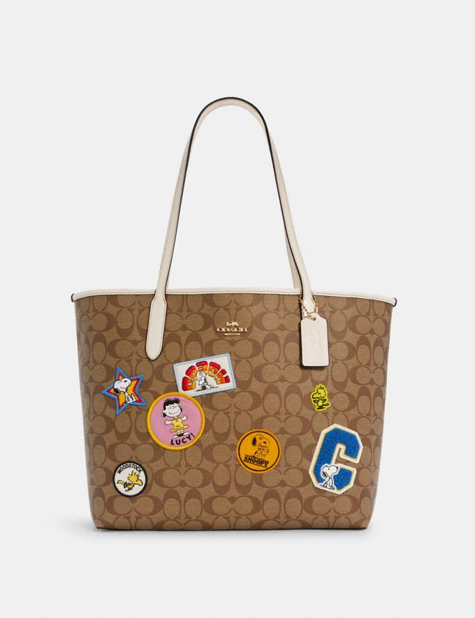Coach Coach X Peanuts City Tote in Signature Canvas With Varsity Patches Im/Khaki Multi Coach Insider Coach Insider Exclusives Early Access: Coach x Peanuts