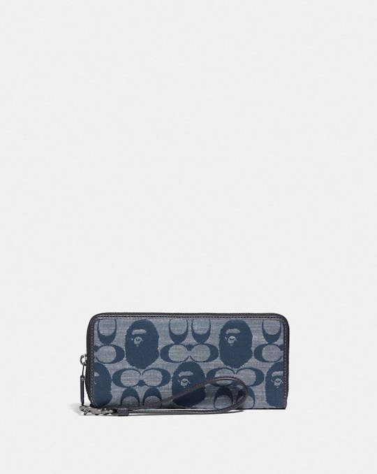 BAPE X COACH PHONE WALLET IN SIGNATURE CHAMBRAY