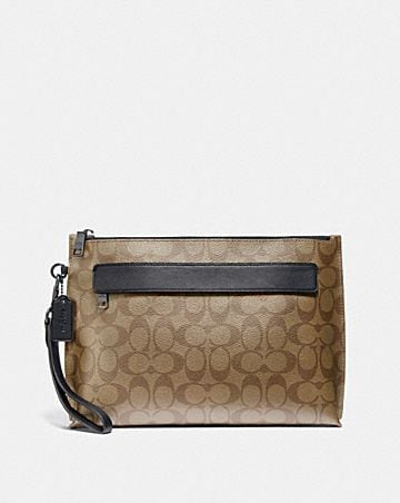 carryall pouch in signature canvas