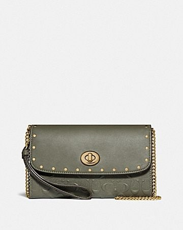 chain crossbody in signature leather with rivets