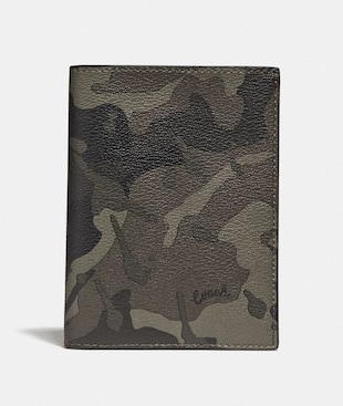 PASSPORT CASE WITH CAMO PRINT