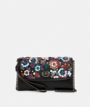 CHAIN CROSSBODY WITH LEATHER SEQUINS