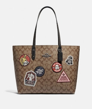 STAR WARS X COACH TOWN TOTE IN SIGNATURE CANVAS WITH PATCHES