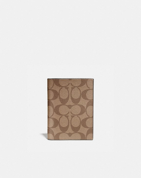 Coach PASSPORT CASE IN SIGNATURE CANVAS